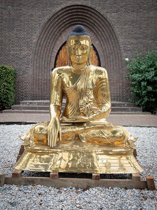 Bijzonder groot bronzen Boeddhabeeld