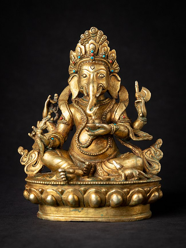 Old bronze Ganesha statue