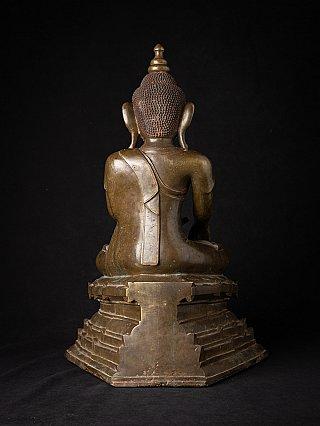 Special antique bronze Ava Buddha statue