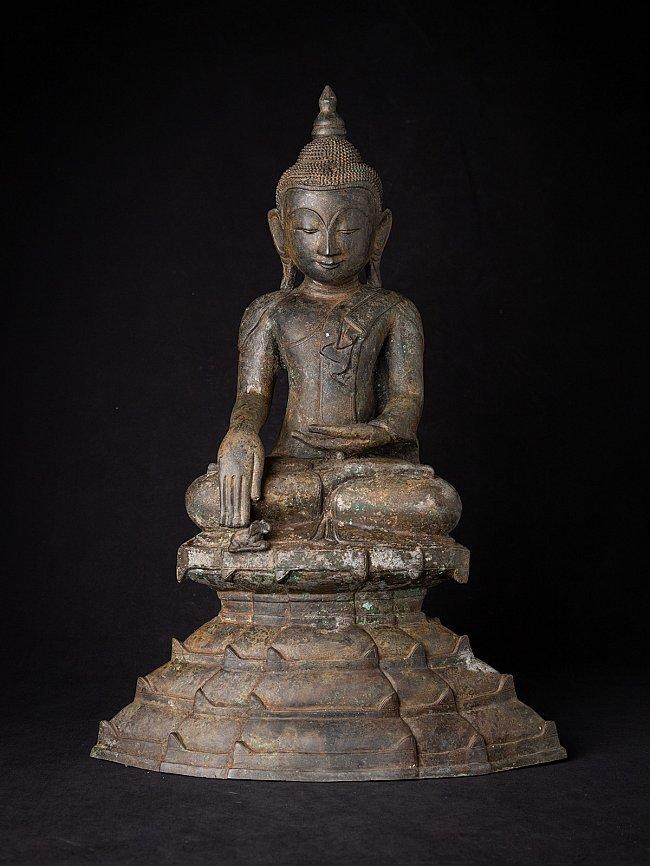 Antique bronze Burmese Shan Buddha