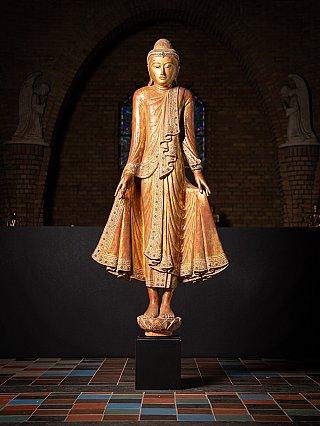 Special large antique Burmese Mandalay Buddha