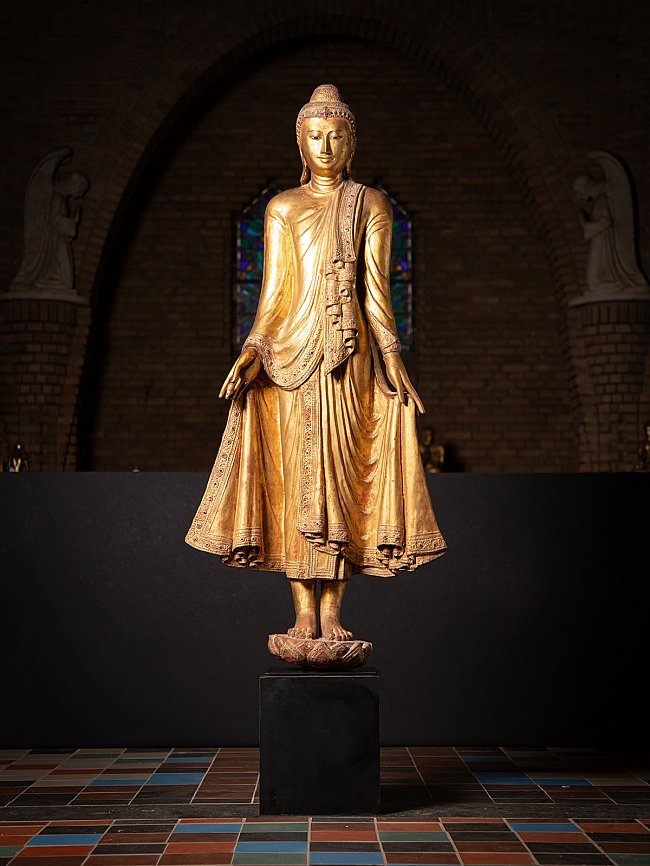 Special large antique Mandalay Buddha statue