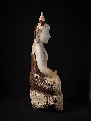 Very special alabaster Buddha statue