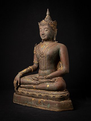Antique bronze Thai Lanna Buddha statue