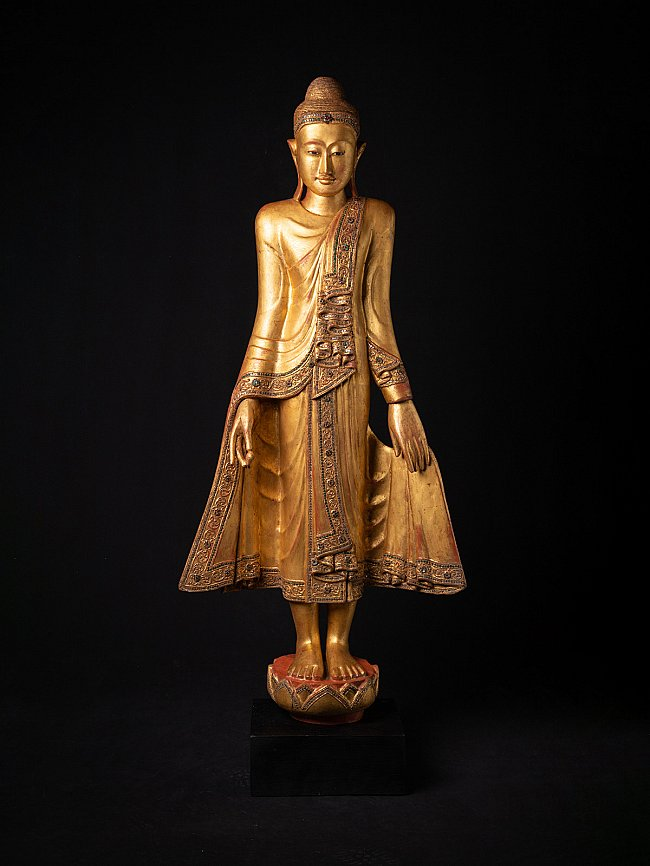 Large antique wooden Mandalay Buddha statue