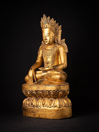 Special antique wooden crowned Buddha statue