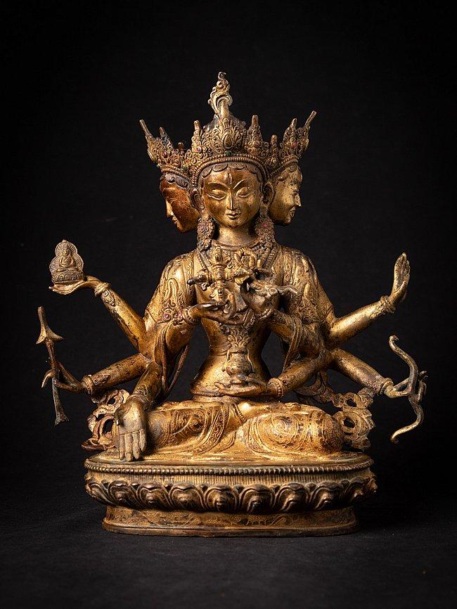 Old bronze Nepali Namgyalma statue