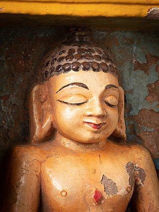 Antiek Boeddha-deel van een Indiase tempel
