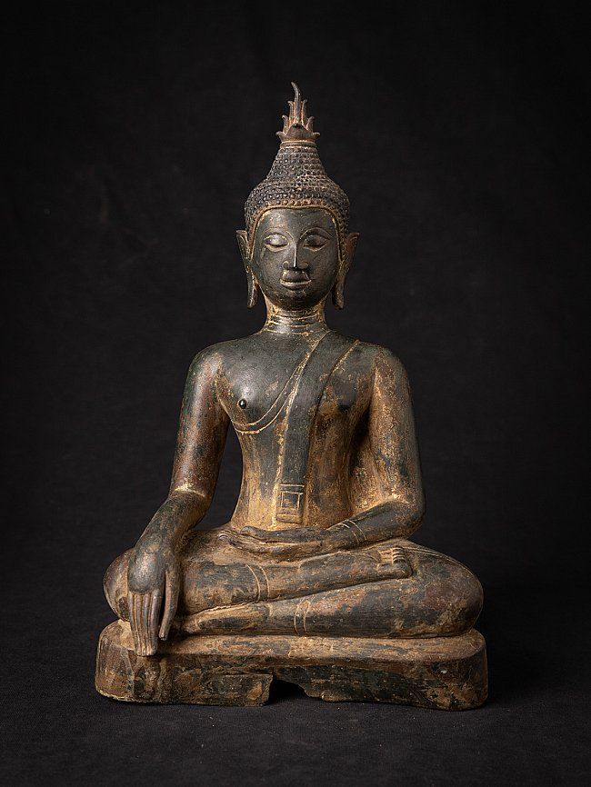 Special early bronze Thai Chiang Saen Buddha