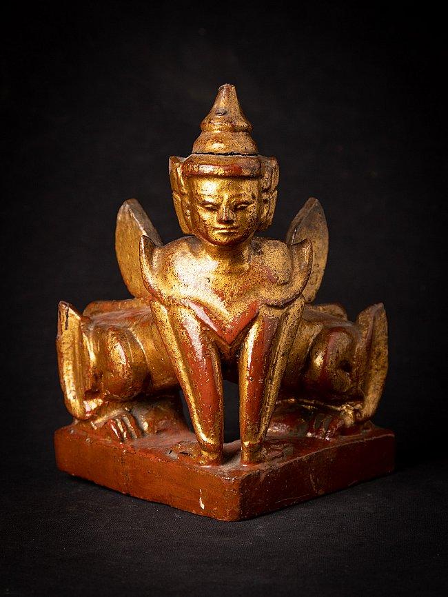 Antiek houten beeld van beschermgod Manuthiha