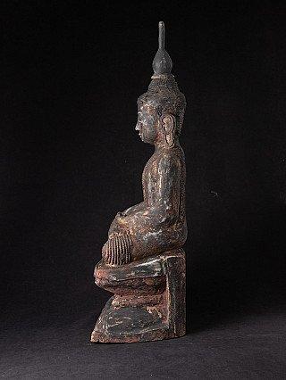 Antike holzerne Birmanische Buddha Figur