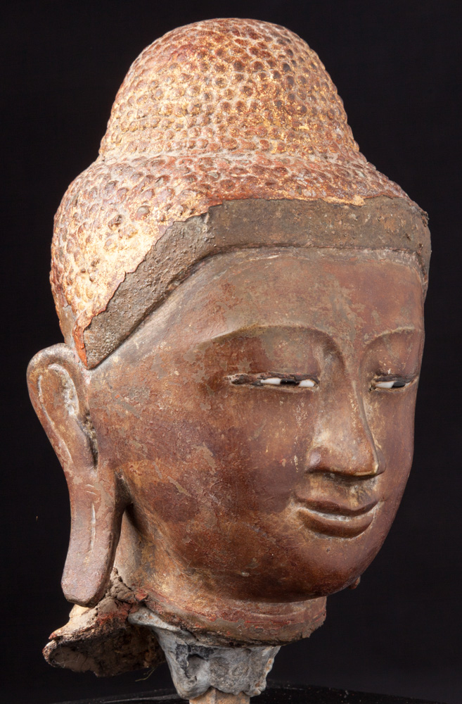 Antique bronze Buddha head from Burma made from Bronze