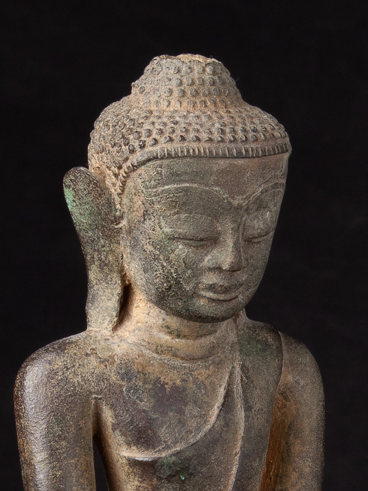 Antique bronze Ava Buddha statue from Burma made from Bronze