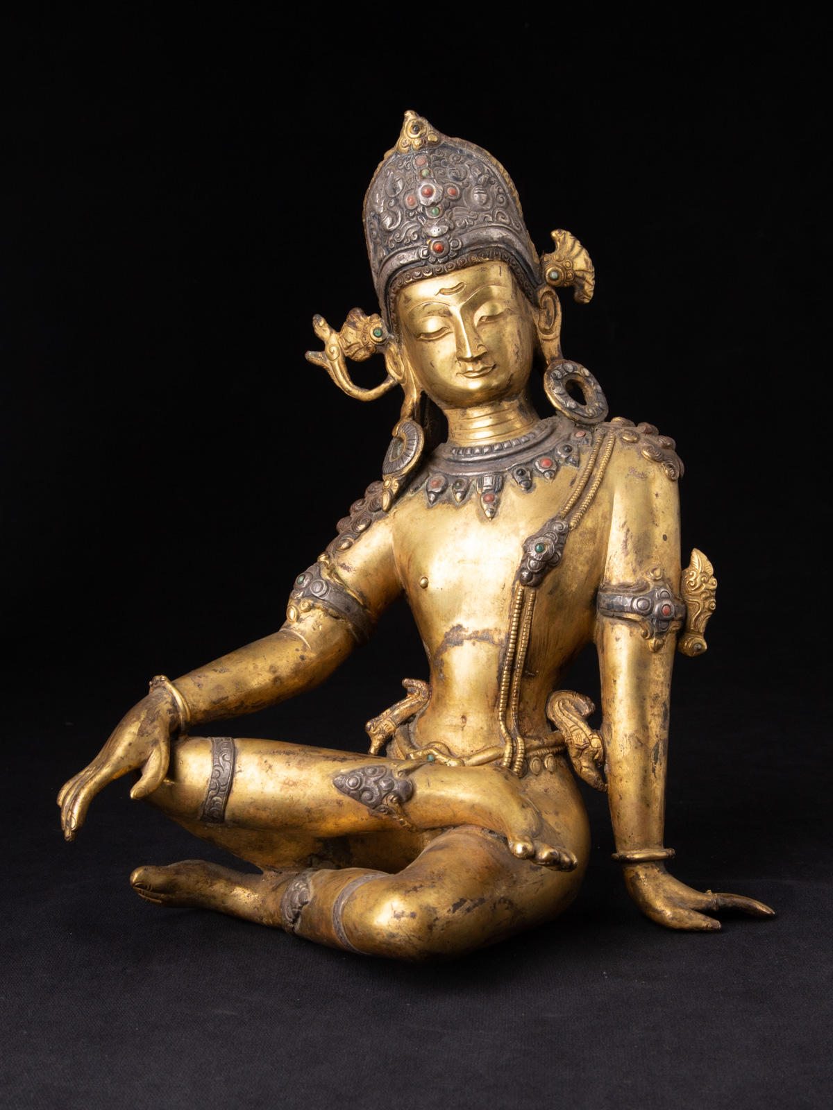 Old bronze Nepali Indra statue from Nepal made from Bronze
