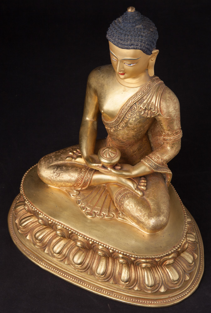 Newly made Nepali bronze Buddha statue from Nepal made from Bronze
