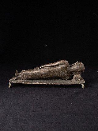 15th century Burmese Monk statue