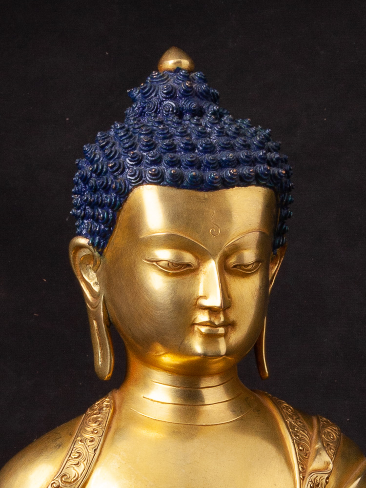 Very high quality Nepali Buddha statue from Nepal made from Bronze