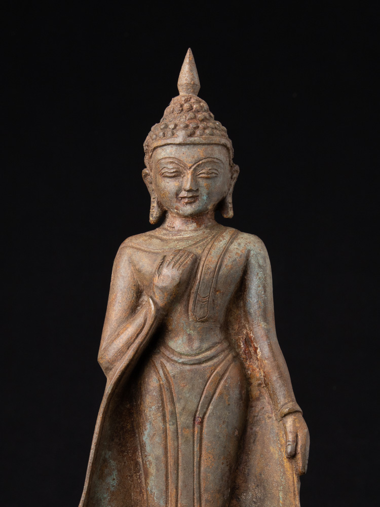 Oud bronzen Boeddhabeeld