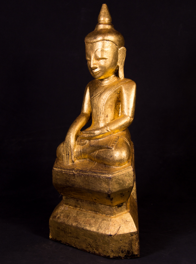 Antique wooden Burmese Buddha statue from Burma made from Wood