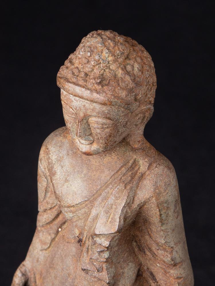 Oude bronzen Mandalay Boeddha