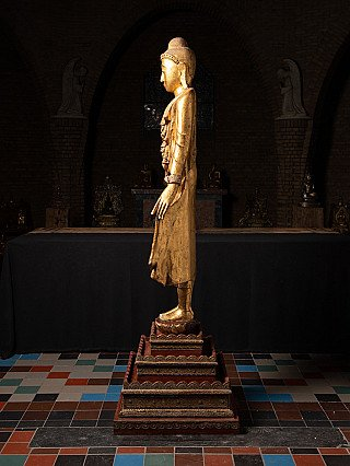 Large old wooden Mandalay Buddha statue