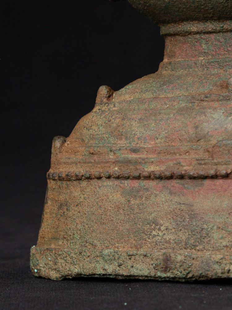Antiek bronzen Ava Boeddhabeeld