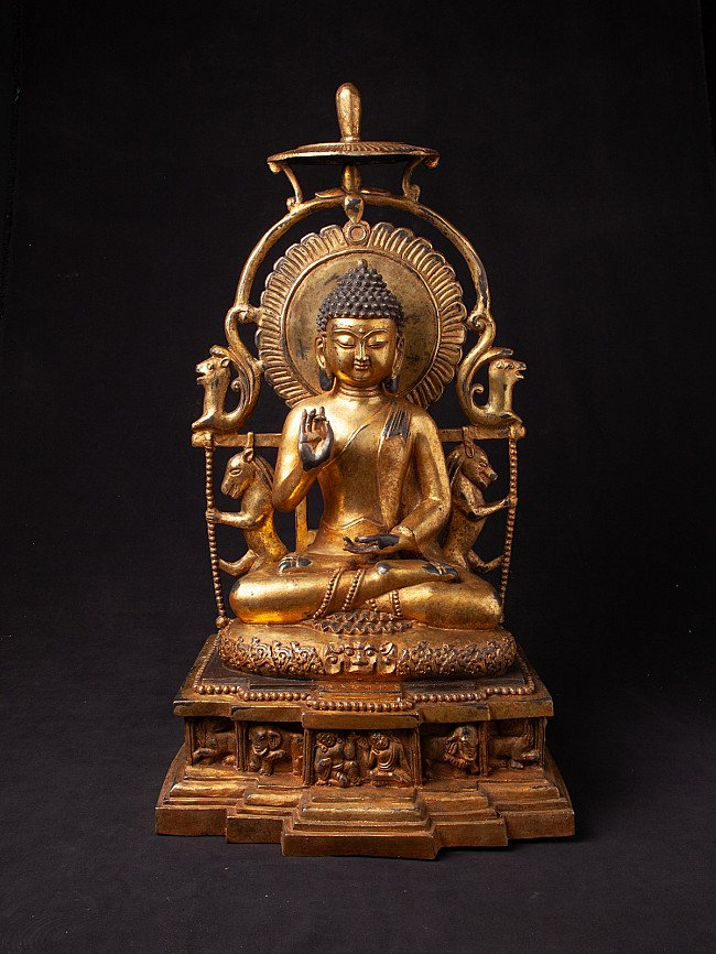 Old Chinese bronze Buddha statue