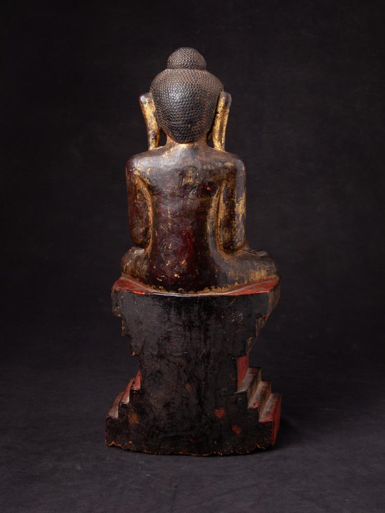 Antique wooden Shan Buddha statue