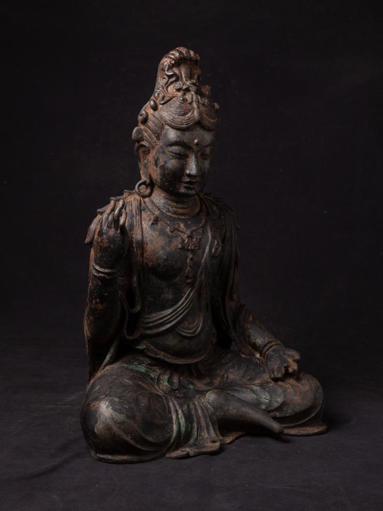 Antique bronze Guan Yin statue