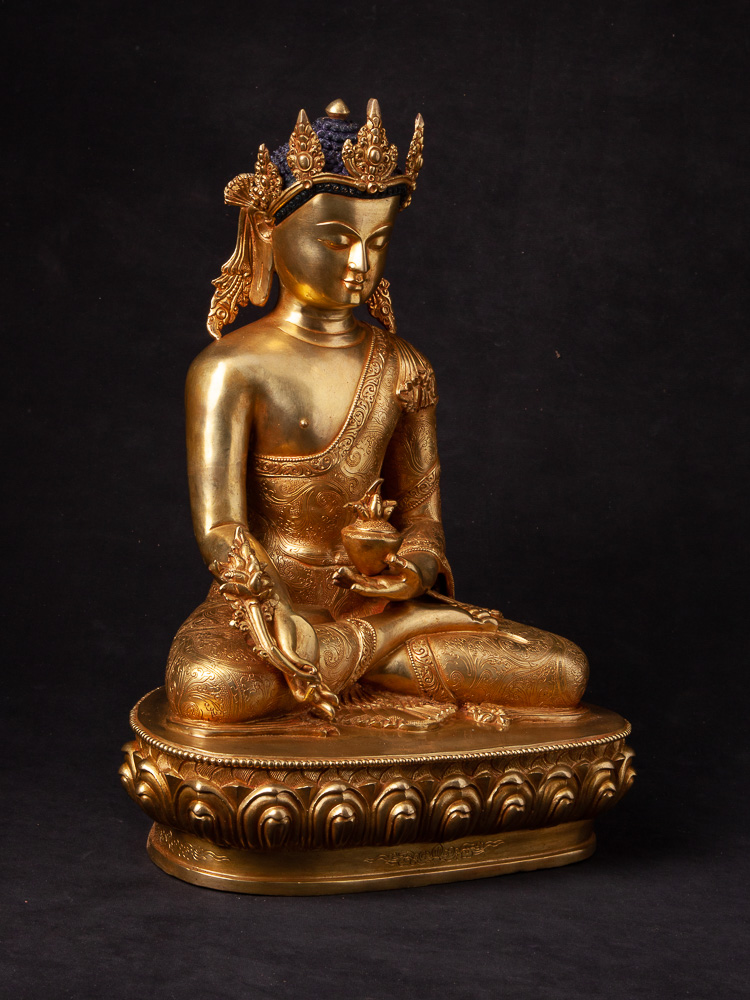 High quality bronze Medicine Buddha statue from Nepal made from Bronze