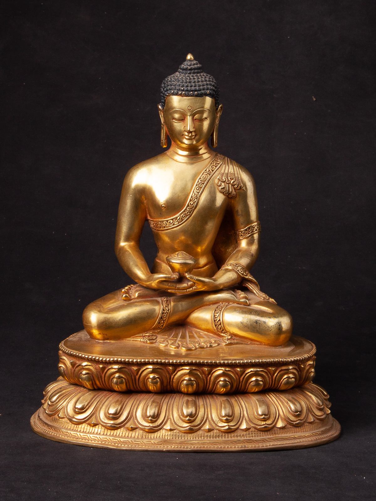 High quality Nepali Buddha statue from Nepal made from Bronze