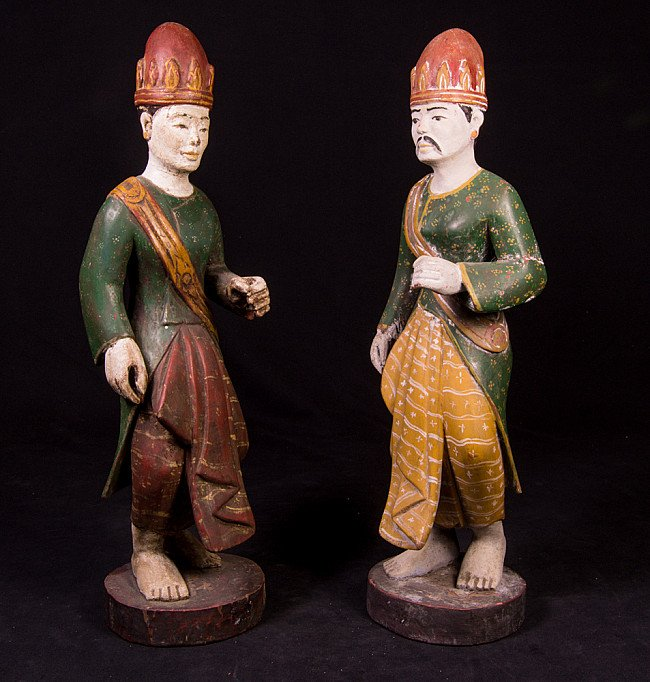 Set of 2 Burmese figures