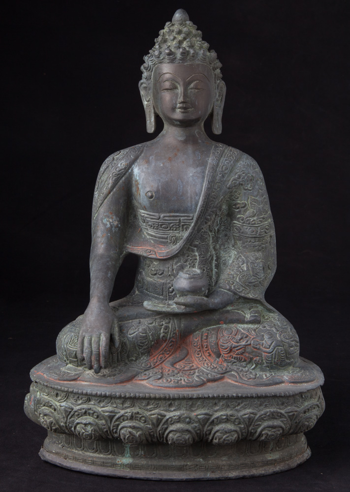 Bronze Nepali Buddha statue from Nepal made from Bronze
