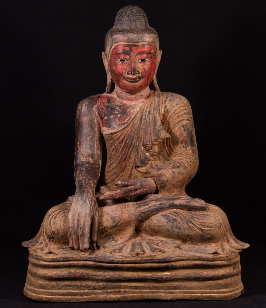 Large antique Mandalay Buddha statue from Burma