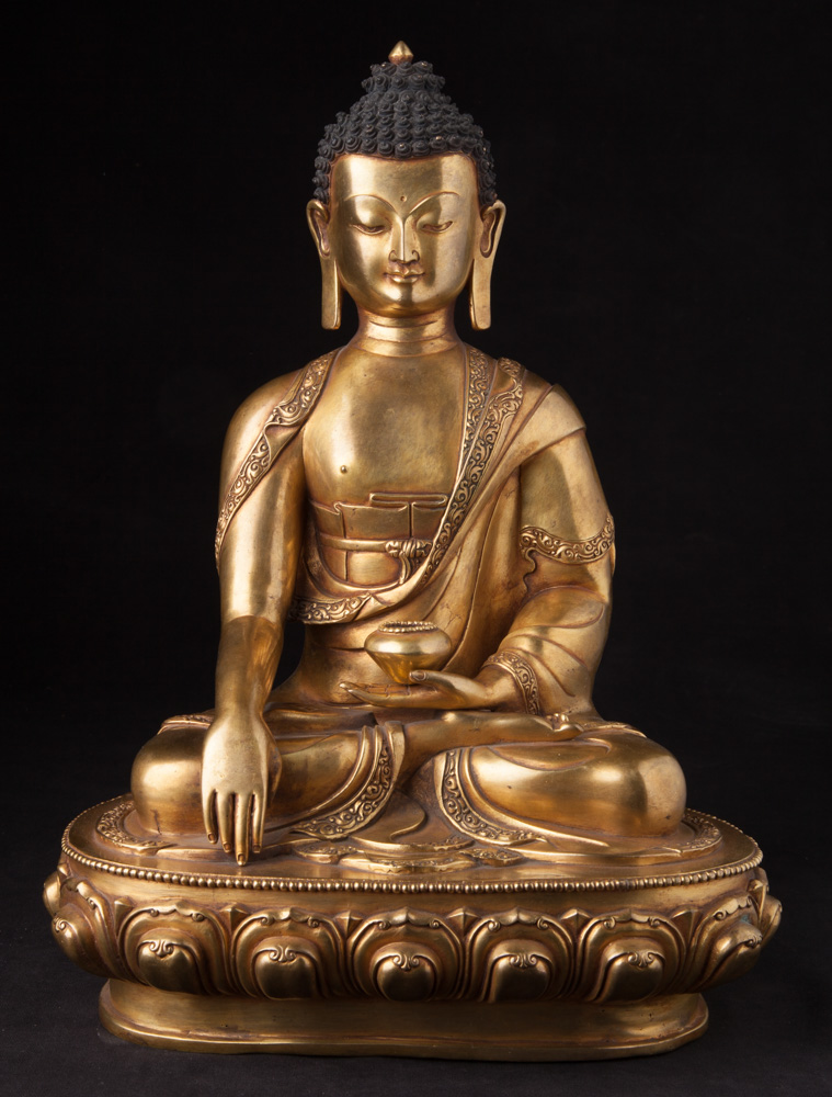 High quality Nepali Buddha statue from Nepal