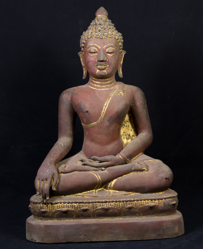 Antique bronze Chiang Saen Buddha statue from Thailand