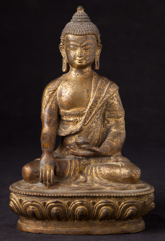 Old Nepali bronze Buddha statue from Nepal