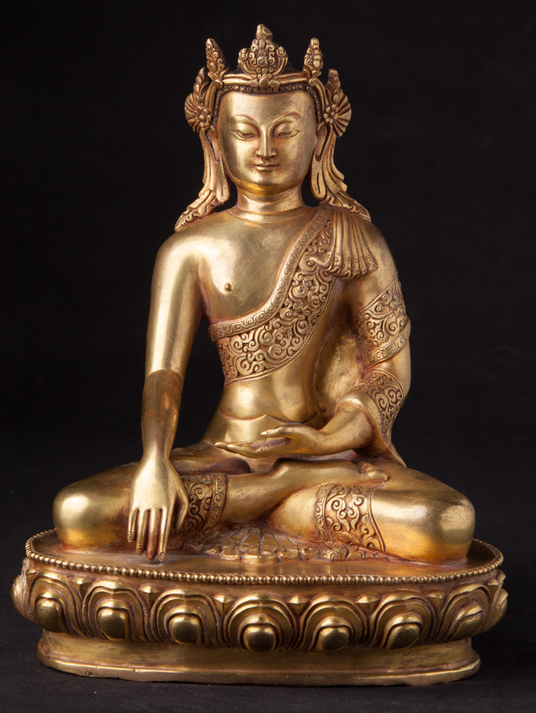 Old Nepali crowned Buddha statue from Nepal