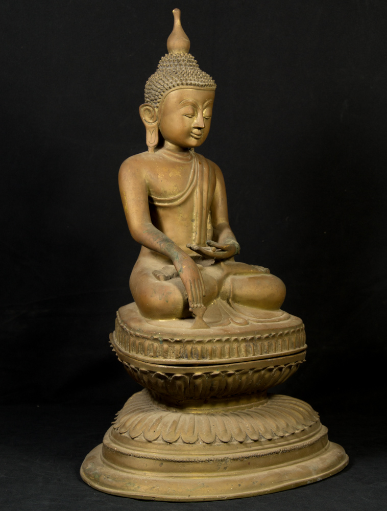 Old bronze Ava Buddha statue from Burma made from Bronze