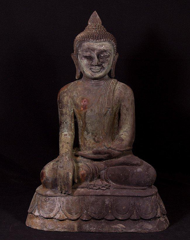 Oud bronzen Bagan Boeddhabeeld