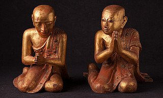 Paar antieke monniken