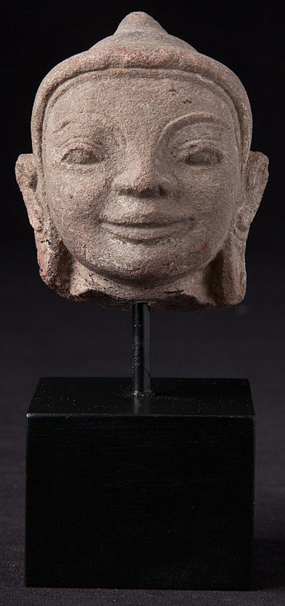 Antiek zandstenen Shan Boeddhahoofd