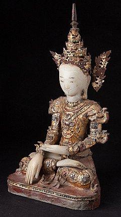Antieke Birmese Boeddha met kroon