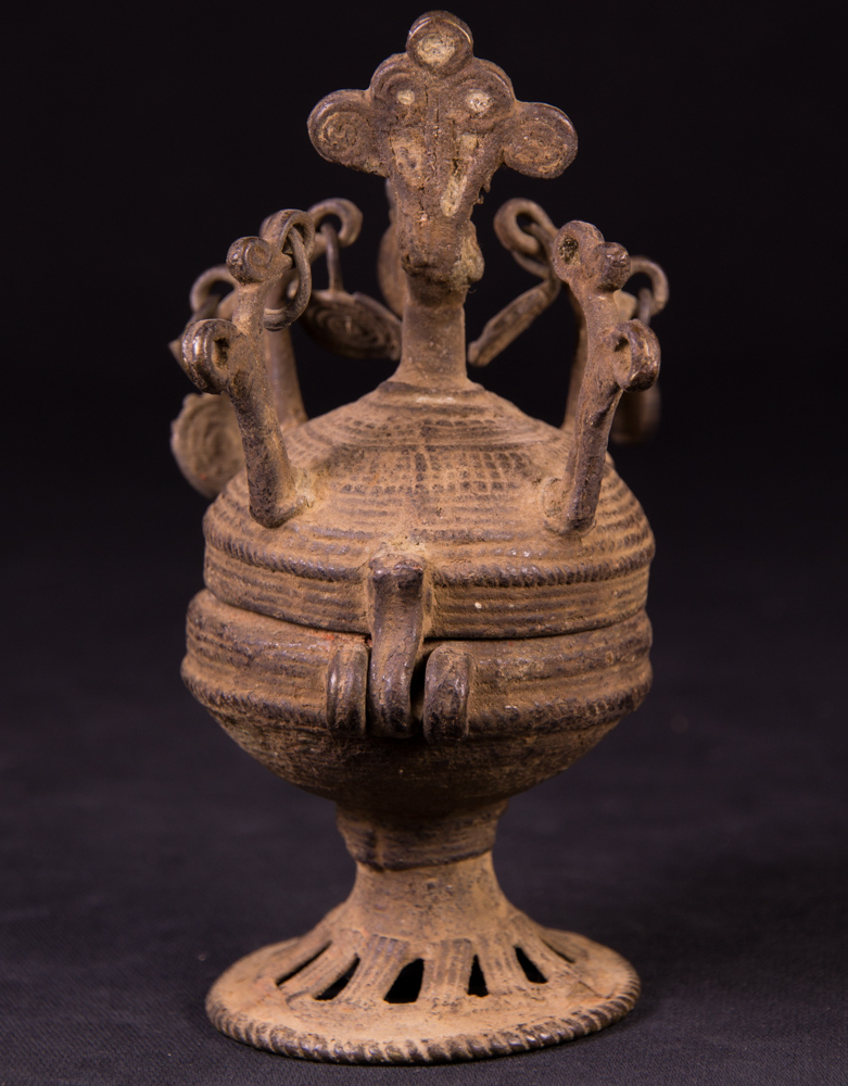 Antique Tika powder bowl from Nepal made from Bronze