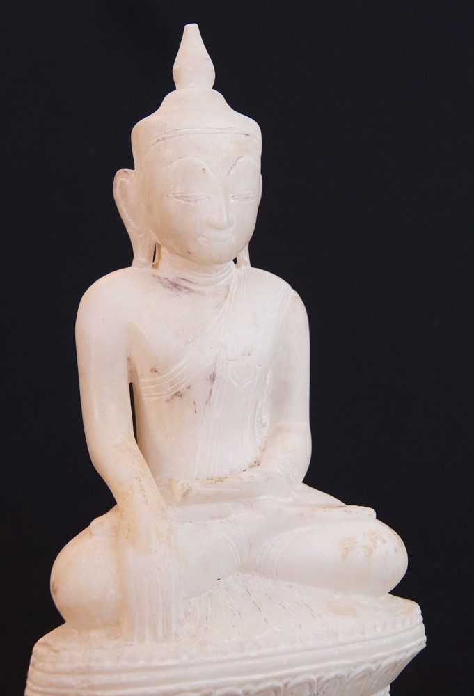 18th century Shan Buddha from Burma made from Marble