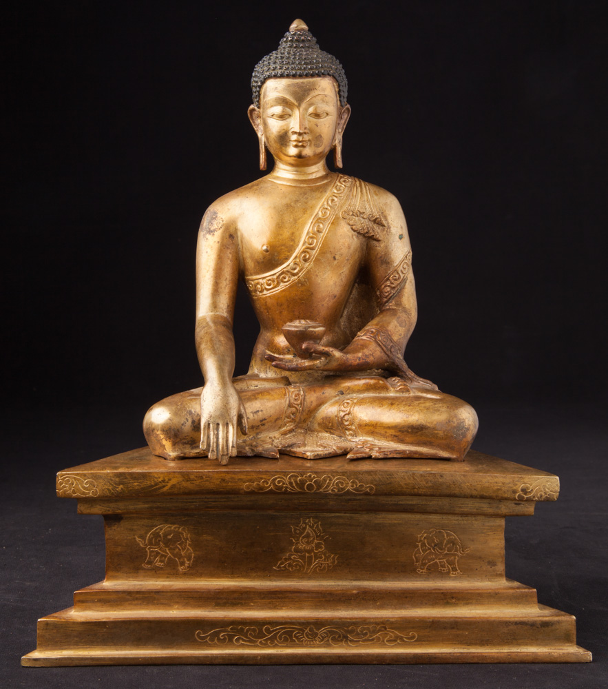 Old Nepali Buddha statue from Burma