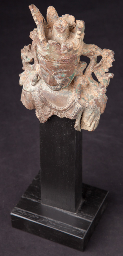 Antique Buddha head from Arakan Buddha from Burma made from Bronze