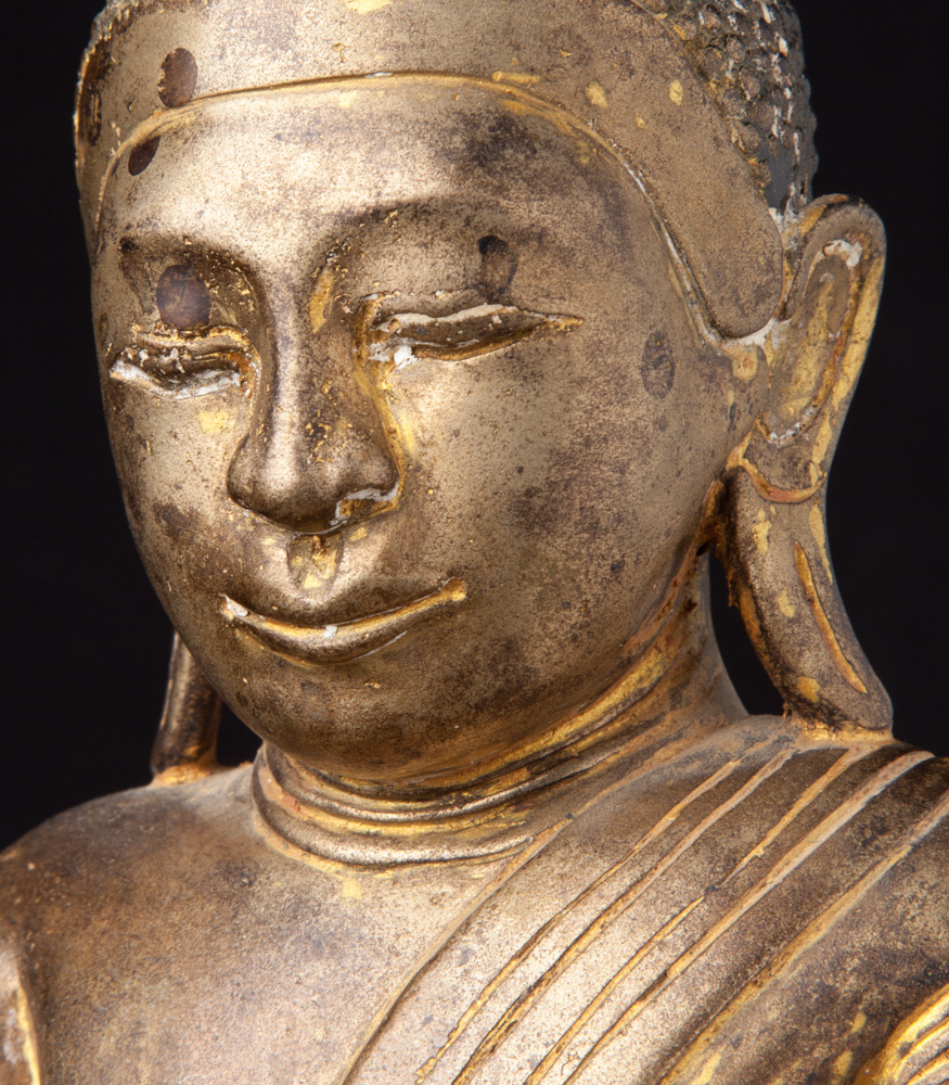 Antique bronze Burmese Buddha statue from Burma made from Bronze