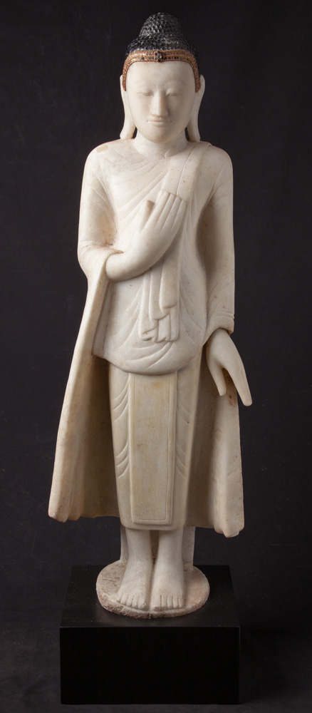 Special antique alabaster Mandalay Buddha statue from Burma made from Marble
