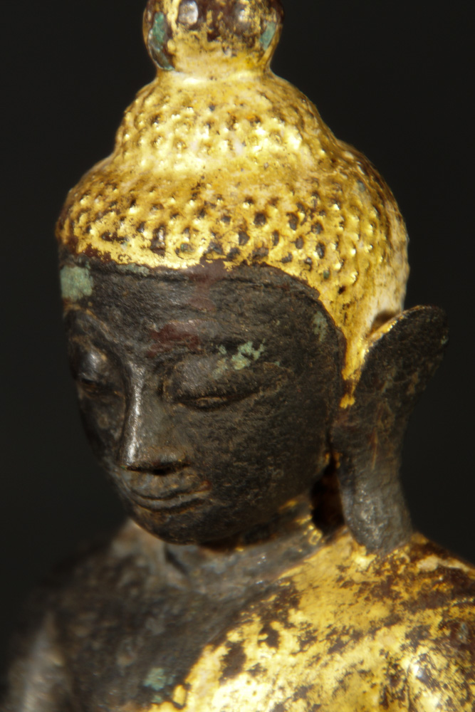 Antique bronze Buddha statue from Burma made from Bronze